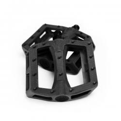CULT DAK black pedals