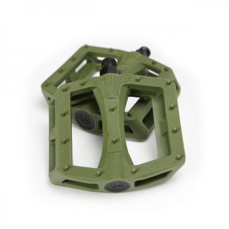 CULT DAK army green pedals