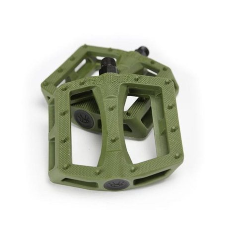 CULT DAK army green pedals