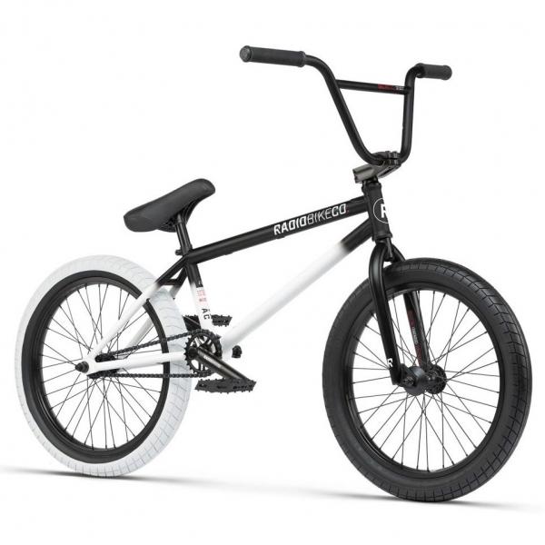 Велосипед BMX Radio Valac 2021 20.75 черный с белым